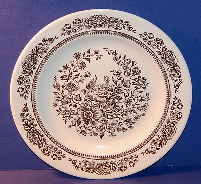 ROYAL CHINA BY JEANNETTE USA SUSSEX PATTERN 10 1/8 INCH DINNER PLATE (5-B)