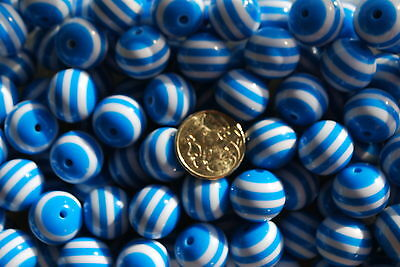 Bubblegum beads - Striped blue and white - 20mm - pk 10 - jewellery necklace