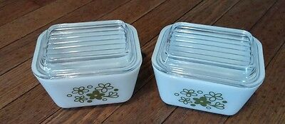 Two Vintage Pyrex Spring Blossom Crazy Daisy Refrigerater Dish # 501 1 1/2 Cup