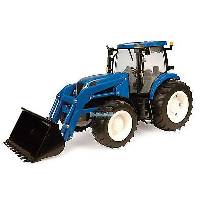 Big Farm New Holland T7050 Tractor With Dual Wheels and Loader Truck Toy
