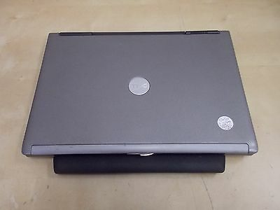 "Dell Latitude D630 14"" (80GB, Core 2 Duo, 2.0GHz, 2 GB) WiFi dvd win Vista"