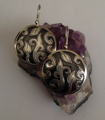 vintage style STERLING OVERLAY FLORAL DESIGN MADE IN NEPAL SILPADA GREAT PRICE