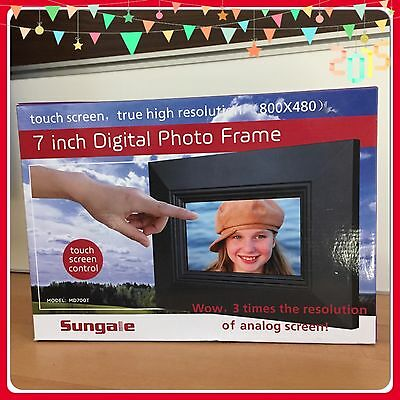 """NIB Sungale MD700T 7"""" Digital Photo Frame. Touch Screen. High Resolution."""
