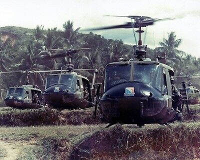 """UH-1s of 229th HELICOPTERS VIETNAM WAR 8"""" X 10"""" PHOTO PICTURE"""