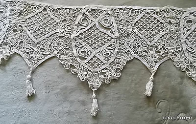 FRENCH VINTAGE HAND MADE LACE DECORATION -