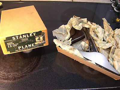 """Stanley Bailey No. 4 Plane In Box Hardly Used 9"""" x 2"""" Bench Or Smooth"""
