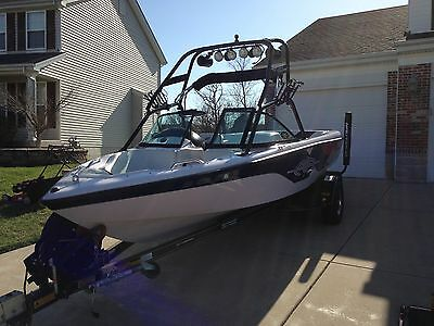 2000 Correct Craft Nautique Wakeboard Tower Direct Drive