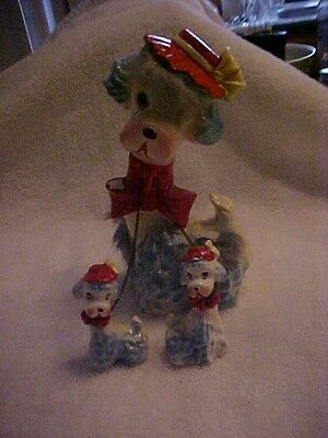 VINTAGE 3 PC BLUE POODLE SPAGHETTI FIGURINE,  MOTHER w/ RED HAT & 2 PUPS; 1960s.