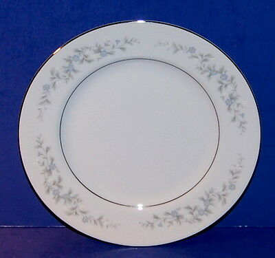 VINTAGE FORGET ME NOT BLUE JAPAN CHINA 6 1/4 INCH BREAD & BUTTER PLATE (19-A)