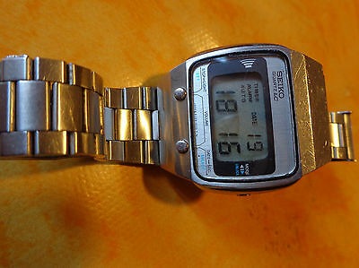 seiko A029 5010   mint condition   lcd  vintage 70'
