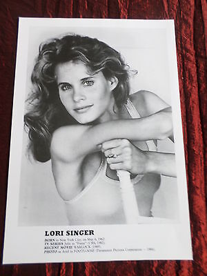 Lori Singer - Film Star - 1 Page  Picture- Clipping/cutting