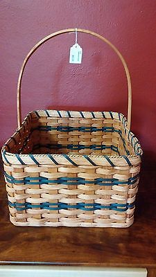 Amish-made Handwoven Casserole Basket