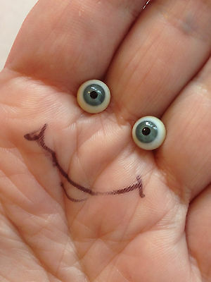 M00674 MOREZMORE Glass Eyes 4 mm GREEN-GREY Small Miniature OOAK Doll Baby