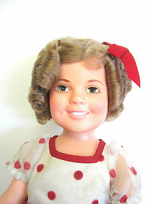 """SHIRLEY TEMPLE DOLL 1972 16"""" IDEAL"""