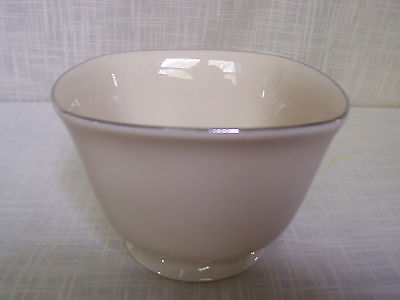 Lenox Footed Square Planter Ivory Platinum