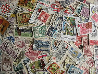 CZECHOSLOVAKIA about 500 primarily older mixture (duplicates, mixed condition)