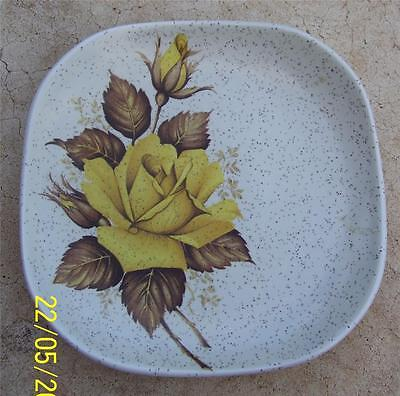 VINTAGE WOOD & SONS YELLOW ROSE PIN OR BUTTER DISH