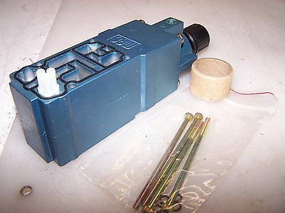 New Mac Pneumatic Air Pressure Regulating  Valve Pr62C-11Aa