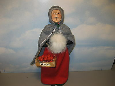 Byers Choice 1988 Grandmother with Cape and Crate of Apples