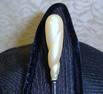 VINTAGE TWISTED PEARL TOP LADIES HATPIN Hat Pin