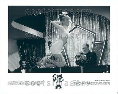 1992 Actress Kim Basinger as Holli Would in Cool World Press Photo
