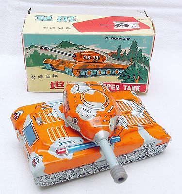 China MS-701 SUPER TANK Chinese Camouflage Tin Wind-Up Toy MIB`60 VERY RARE!