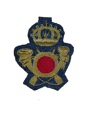 Royal Italian Army Colonial Infantry Officer's Cap Badge  (HQ Staff)