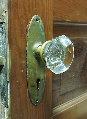ANTIQUE ART DECO JUMBO CRYSTAL CUT GLASS BRASS DOOR KNOBS + LOCK + Back Plates