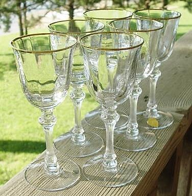 """TIFFIN """"Encanto"""" Claret Wine glasses..Lot of 7..MINT Condition!! Shipped FREE!!"""