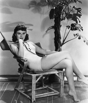 Paulette Goddard 8X10 Glossy Photo Picture Image #4
