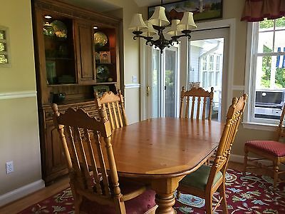 Drexel Heritage Signature Dining Set - Table, Chairs, China Cabinet