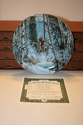 Beautiful Decorative Plates with Western Theme Vintage in Original Box Set of 8