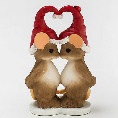 Charming Tails Mouse Couple with Santa Hat Figurine NEW Christmas 4046943