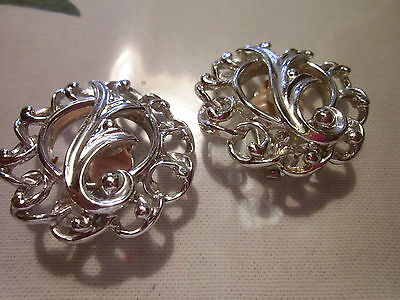Vintage To Now-SARAH COVENTRY Large Silver CLIP-ON  EARRINGS  BEAUTIFUL!!