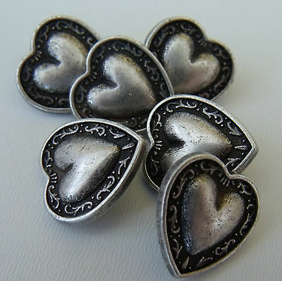 5 x antique silver coloured metal heart buttons  11.5mm 18mm 20mm