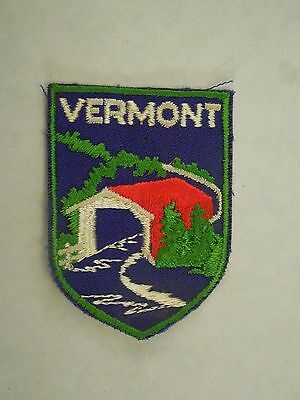 Vintage Vermont State Travel Souvenir Embroidered Sew On Patch Covered Bridge