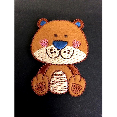 Baby Bear Happy Wild Animal Iron On Craft Motif Stylish Patch