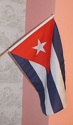 Cuban Large Hand Held Flag 18 x 12 Socialist Holiday Tourism Socialism Che Fidel