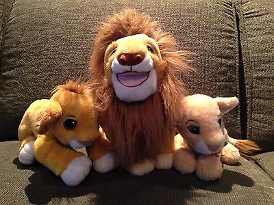 Lot Of 1993 Authentic Lion King Plushes  Floppy Simba, a Mufasa and Purring Nala