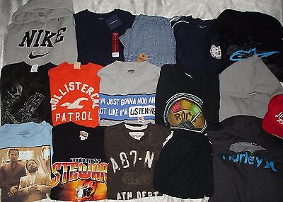 HUGE 16 Pc MEN'S Lot - T-Shirts, Sweatshirts ~ Size Small