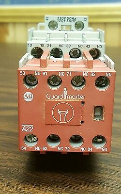 Allen-Bradley Guard Master Safety Relay