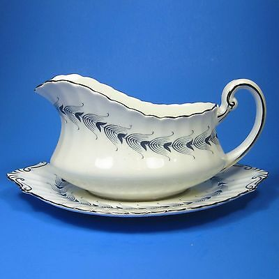Paragon ARCADIA Gravy Boat with Underplate Stand Bone China England