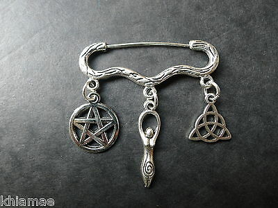 """""""Trinity of the Goddess"""" Cloak Brooch pagan silver wiccan triquetra pentacle pin"""