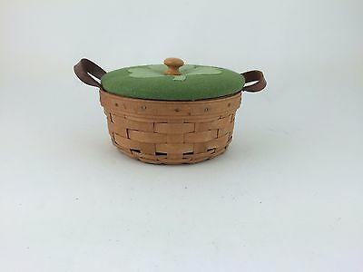 Longaberger 1988 Button Basket w Protector and Shamrock Lid