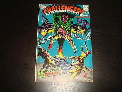 CHALLENGERS OF THE UNKNOWN #62  Silver Age   DC Comics 1968 Very Fine