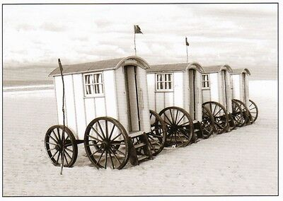 Ansichtskarte: Umkleidewagen am Strand - changing cubicles on the beach