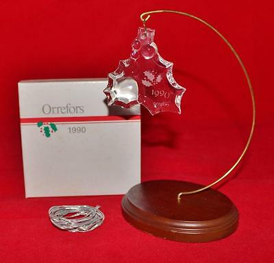 Orrefors Crystal, 1990 HOLLY & BERRIES Christmas Ornament w/Box