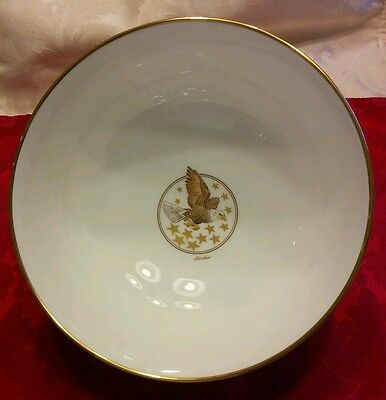 Signed Boehm Birds and Flowers of Thirteen Original States Commemorative Bowl