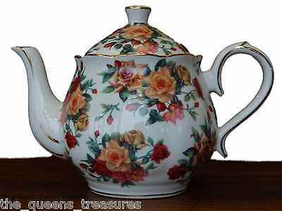 The Queen's Treasures Fine China Porcelain TeaPot  Antique Rose Pattern NEW