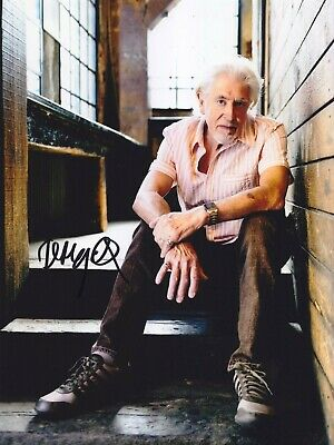 JOHN MAYALL Blues legend AMAZING IN PERSON SIGNED W/PROOF